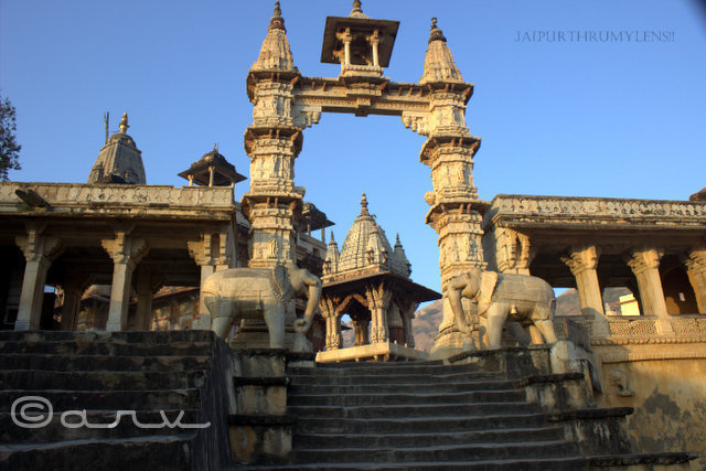 Jagat-shiromani-temple-amer-palace-jaipur