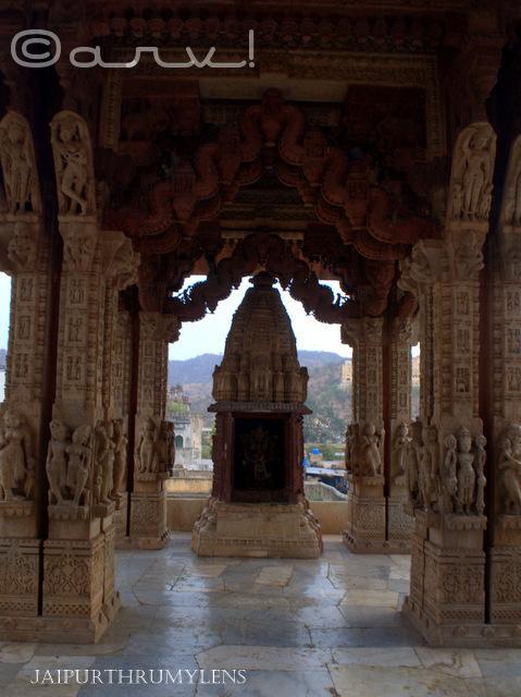 temple garuda canopy amer jaipur