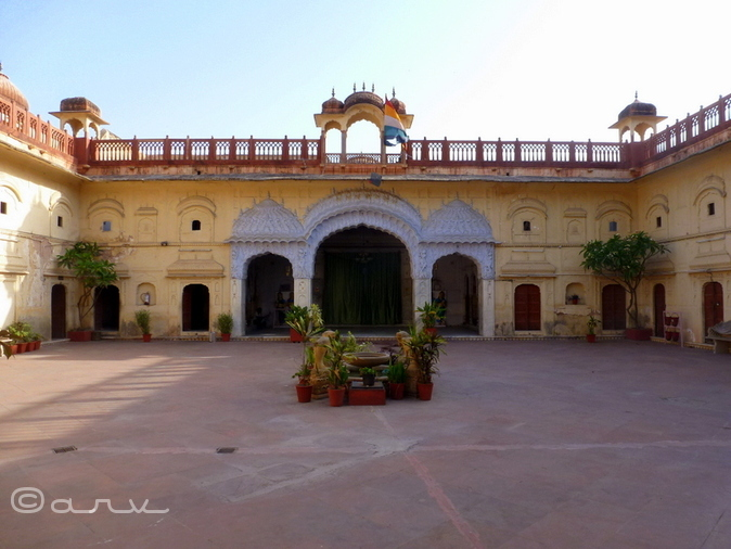 Main courtyard, Brijnidhi temple, Jaipur