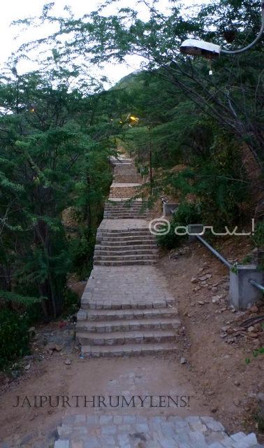 garh-ganesh-temple-jaipur-stairs-image