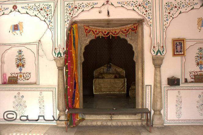 govardhan nathji temple jaipur