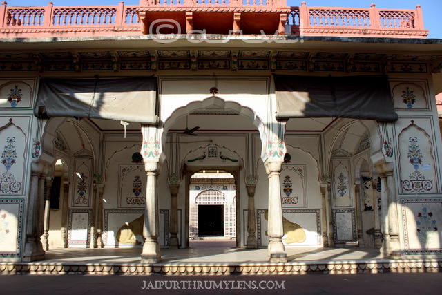 shri-govardhan-nath-mandir-jaipur-temple-images-jaipurthrumylens