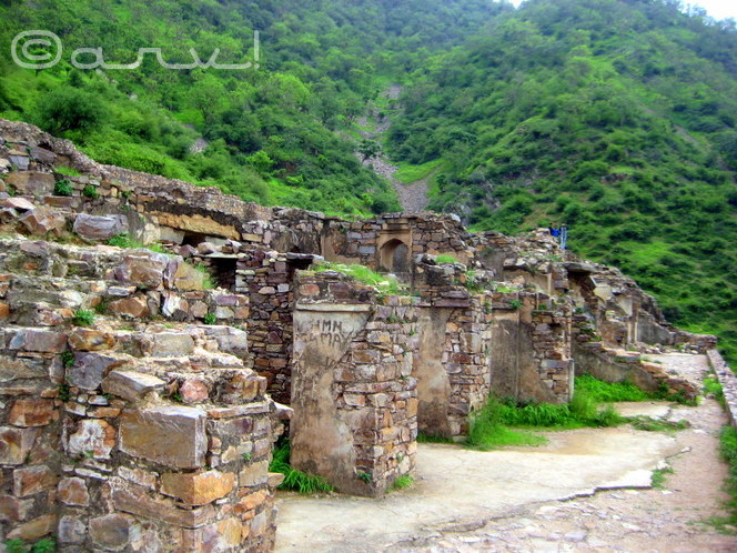 haunted-places-in-India-bhangarh-alwar-india