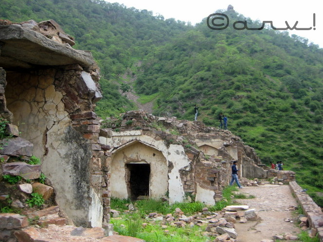 india's-most-haunted-place-bhangarh