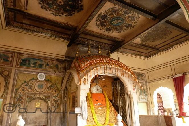 ghaat-ke-balaaji-mandir-jaipur