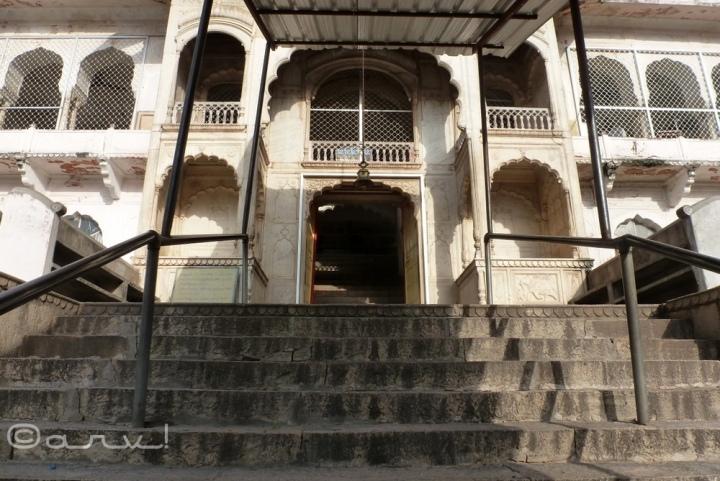 ghat-ke-balaji-temple-jaipur