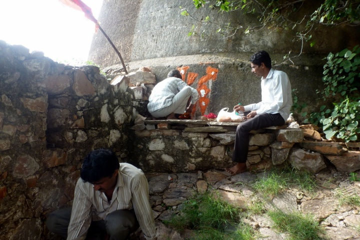 bhairo-pooja-at-achrol-fort
