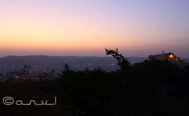 gad-ganesh-jaipur-blue-hour-friday-skywatch