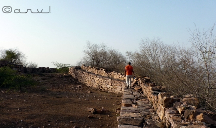 hiking-in-jaipur