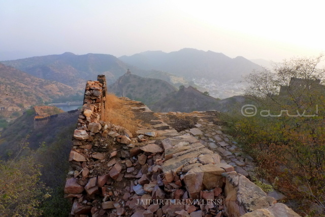 importance-heritage-conservation-jaigarh-fort-jaipur-wall