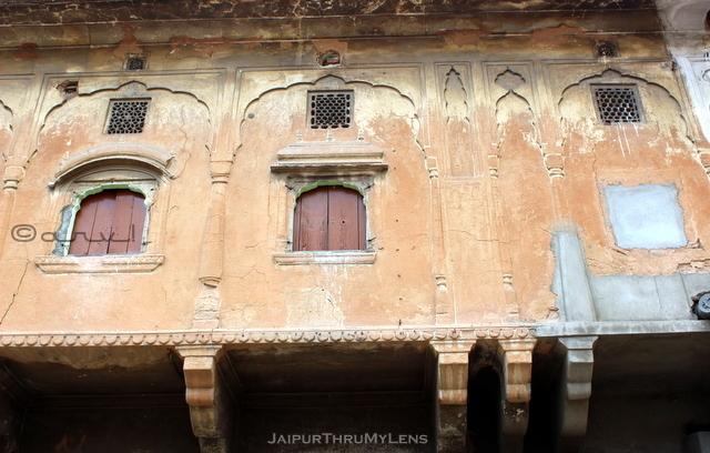 heritage-walk-in-jaipur-old-building
