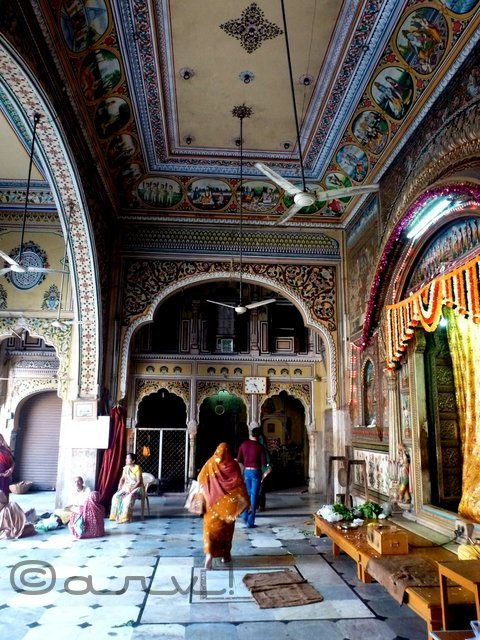 lord-ram-durbar-in-north-india-ramchandra-temple-jaipur