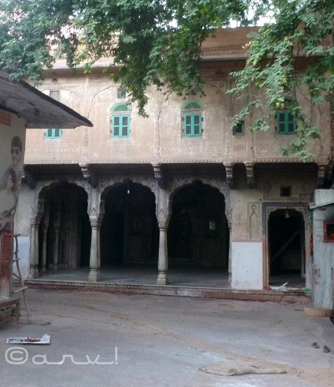 sri-sitaram-temple-jaipur-chaura-rasta