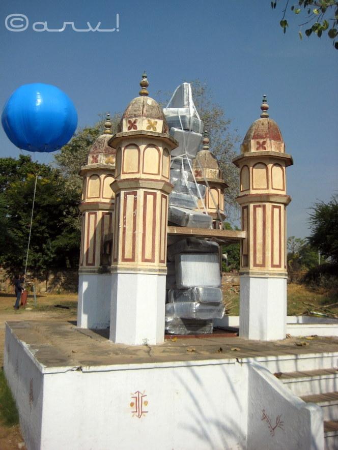 art sculpture at jaipur art summit in jawahar kala kendra