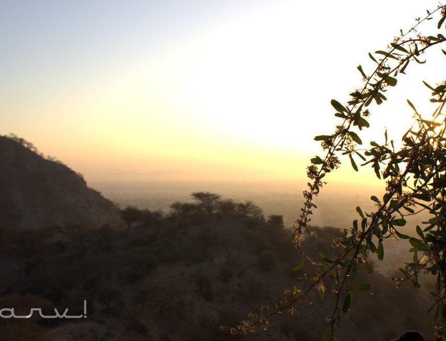 friday-skywatch-on-top-of-ghat-ki-guni-jaipur
