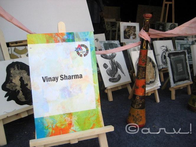 miniature-paintings-by-artist-vinay-sharma-jaipur-art-gallery-jawahar-kala-kendra