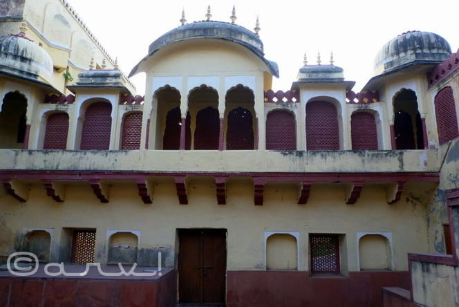 city-palace-jaipur-heritage-temple