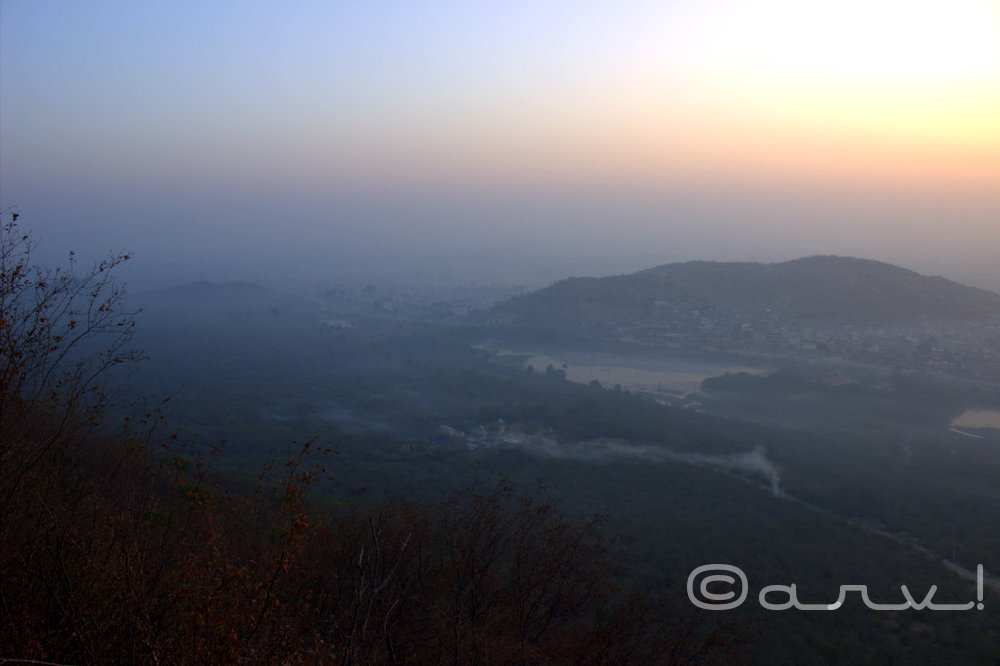 hiking-in-jaipur-winters-friday-skywatch