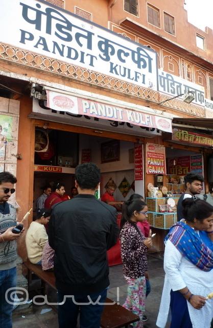 pandit-kulfi-jaipur-food-walk-sirehdyodi-bazaarpandit-kulfi-jaipur-food-walk-sirehdyodi-bazaar