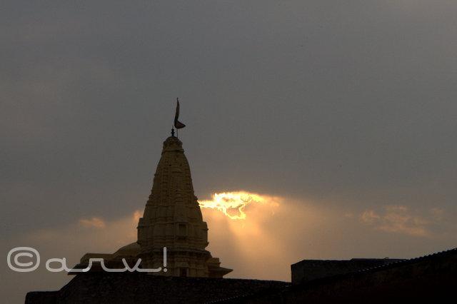 divine-intervention-temple-in-amber-jaipur-friday-skywatch-jaipurthrumylens