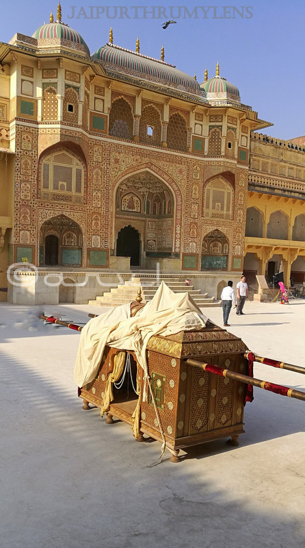 places-to-visit-jaipur-in-one-day-amer-fort-ganesh-pol