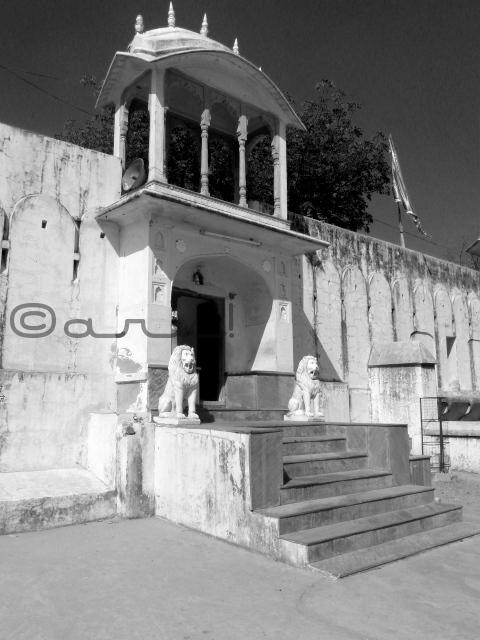 raj-rajeshwari-temple-jaipur-manbagh-tantra-mantra-temple