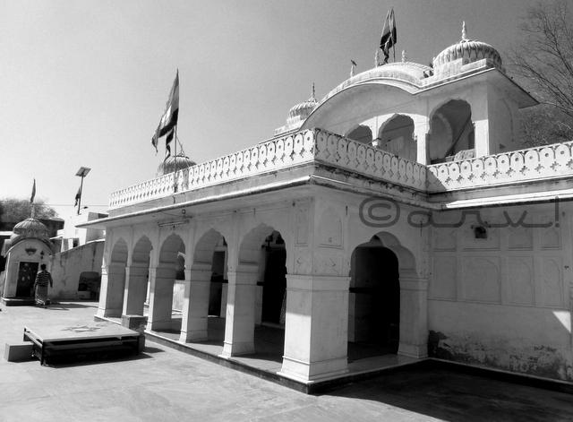 tantra-mantra-heritage-temple-in-jaipur-raj-rajeshwari-manbagh