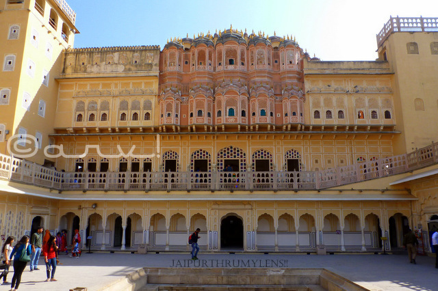 tourists-at-famous-tourist-attraction-jaipur-hawa-mahal-sawai-pratap-singh-jaipurthrumylens