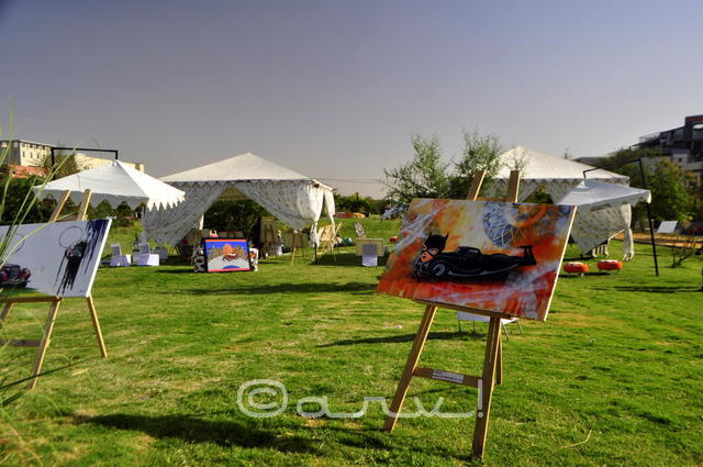 automobile-art-by-cartist-painting-exhbition-in-jaipur