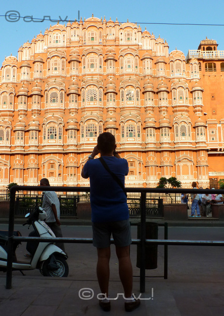 hawa mahal popular tourist attraction in jaipur