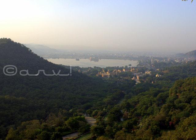 amer-ghati-gate-view-kanak-vrindavan-jalmahal-mansagar-view