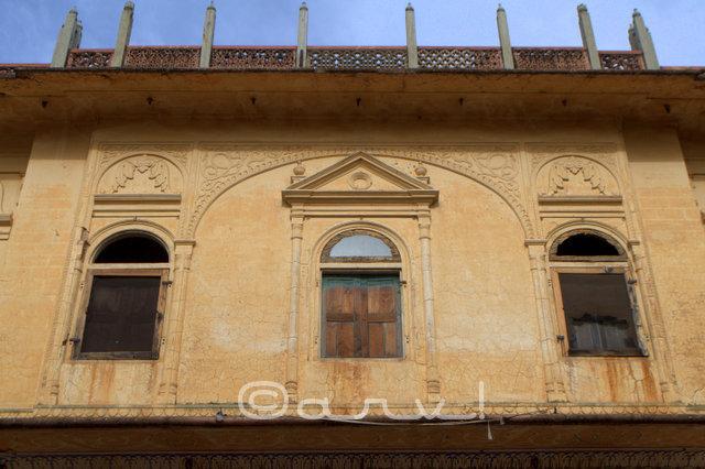 heritage-buildings-rajasthan-near-jaipur