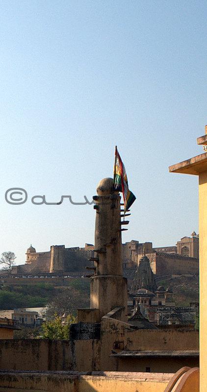 hindu-temple-flag-dhwaja-stambha-amer-jaipur-ambikeshwar-temple