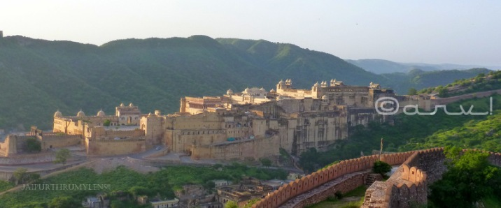 backside-view-amber-fort-jaipur-india-jaipurthrumylens