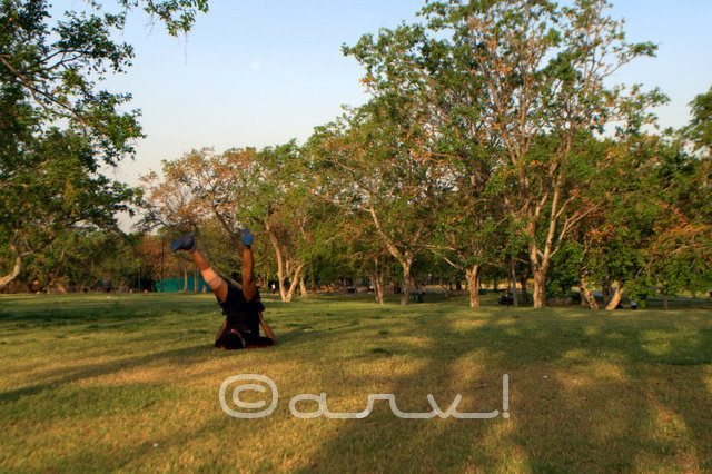 man-doing-exercise-central-park-jaipur-jaipurthrumylens
