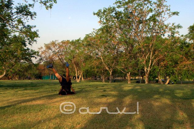 man-doing-exercise-central-park-jaipur-jaipurthrumylens