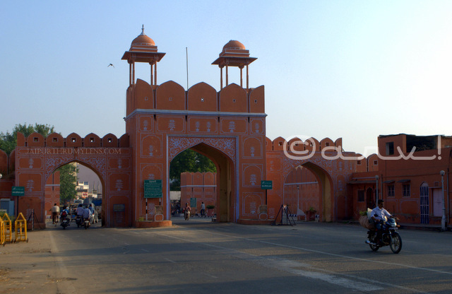 orawar-singh-gate-amer-road-subhash-chowk-old-city-gates-in-jaipur-jaipurthrumylens