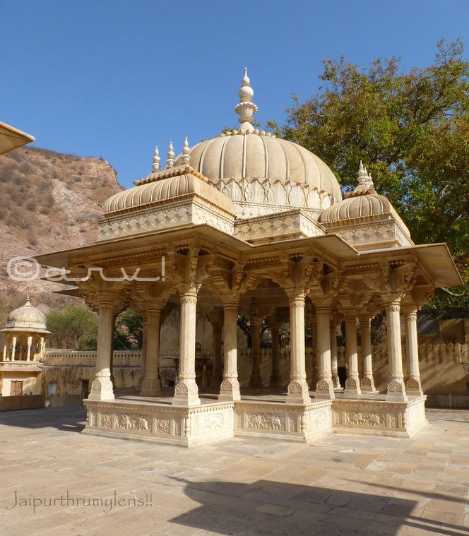 marble-carved-cenotaph-maharajah-sawai-pratap-singh-royal-gaitor-brahampuri-jaipurthrumylens