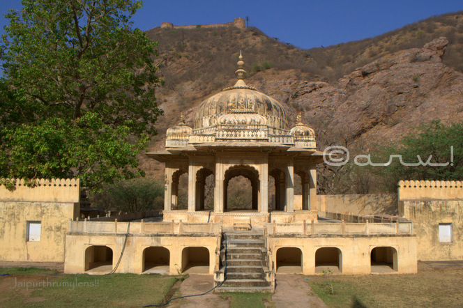 rajput-architecture-royal-gaitore-chhatris-touirst-attraction-jaipur-rajasthan-india-sms-trust-jaipurthrumylens