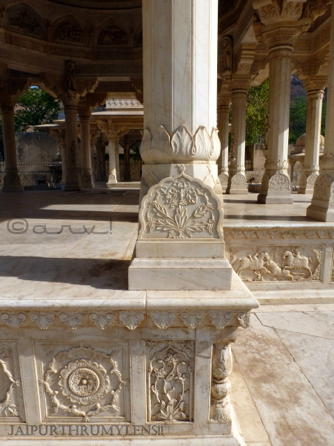 royal-gaitor-jaipur-marble-carving-pillar