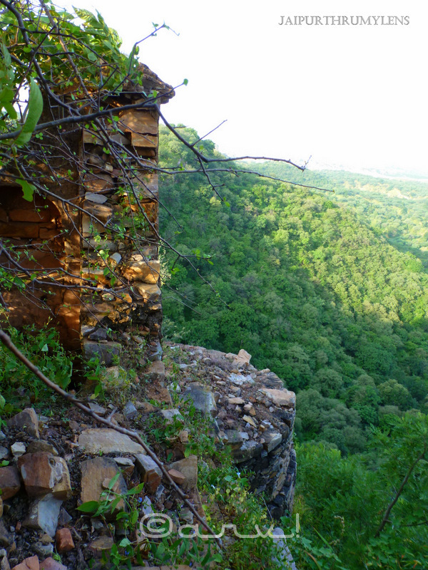 ruins-mariam-mahal-palace-lover-jagat-singh-amer-1608ad-jaipur-jaipurthrumylens