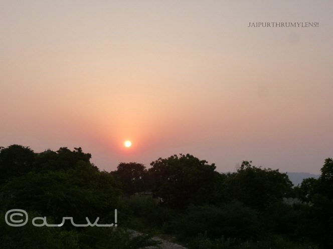 skywatch-friday-watching-sunrise-at-nahargarh-trekking-jaipur-jaipurthrumylens