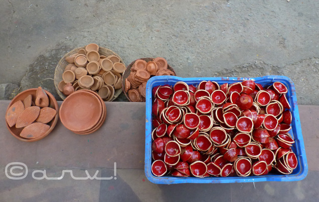 earthen-pots-diya-in-jaipur-for-sale-diwali-jaipurthrumylens