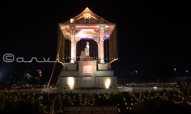diwali-celebration-in-jaipur-statue-circle-c-scheme-sawai-jai-singh-ii-decoration-rajasthan-india-jaipurthrumylens