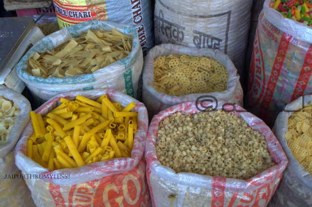 pasta-in-jaipur-for-sale-johari-bazaar-rajasthan-india