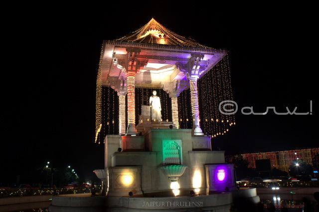 sawai-jai-singh-ii-statue-circle-c-scheme-jaipur-diwali-decoration-jaipurthrumylens