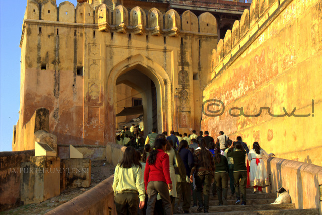 tourist-rush-amer-fort-top-tourist-attraction-jaipur-jaipurthrumylens