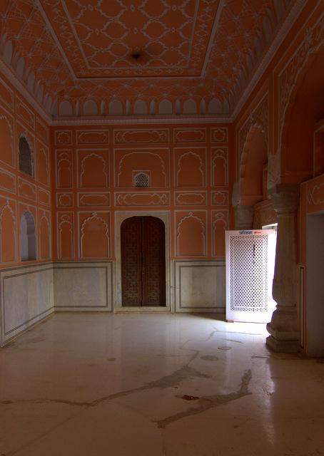 heritage-temples-pink-city-kanak-vrindavan-jaipur-tourist-attraction