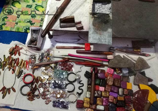 jaipur-lac-bangle-making-demo-session-handmade-in-rajasthan-diggi-palace