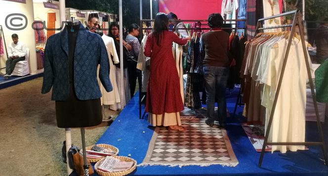 khadi-handmade-in-rajasthan-exhibition-jaipur-diggi-palace-india